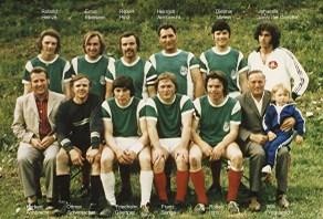 Wolfgang Hinz - Mannschaft_zusammengewuerfelt_Turnier_Wolbrechtsh_ca_1972bis1974