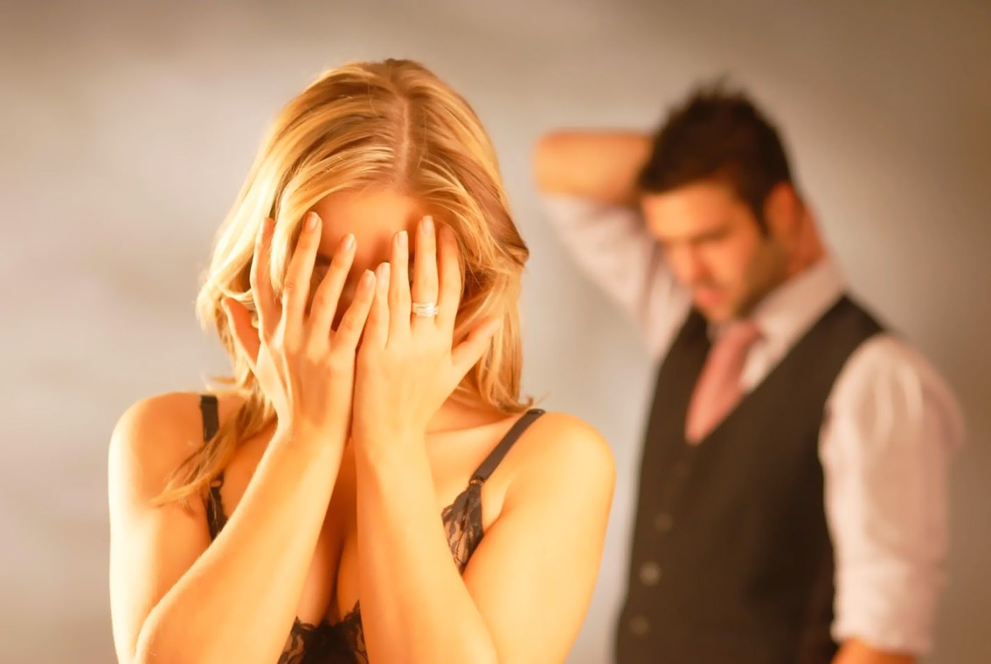 suspiciune și gelozie