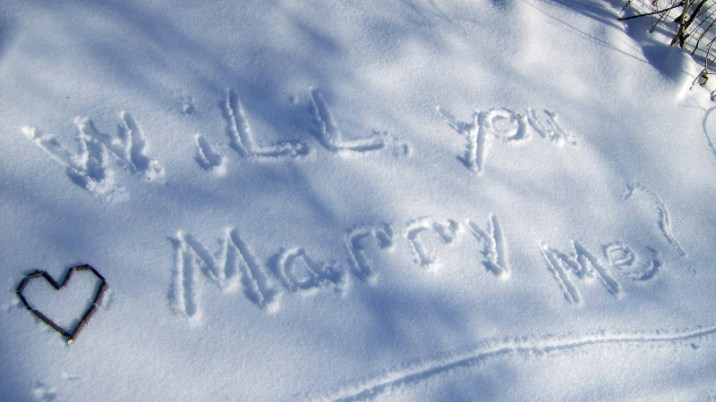 snow-marriage-proposals-2
