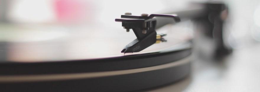 gramofonovy_prehravac_detail