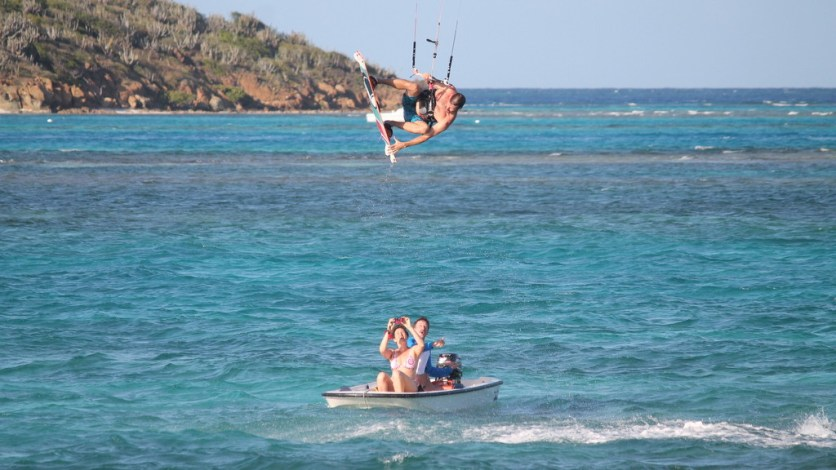 Amazing leap over a dinghy at Saba Rock (courtesy of www.fraserrustics.com)