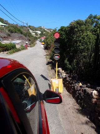 Interesting stop light along the way in St Barth - 2 seconds and we go
