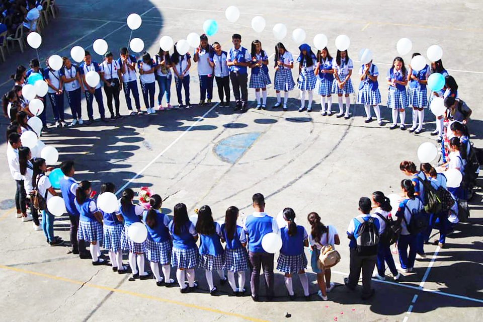 Campus Ministry Leads Rosary Month Celebration