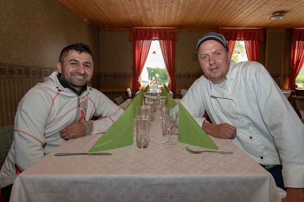 Zidou Kichi och Daniel Hagelberg är sedan den 1 september nya krögare på Restaurang Mysoxen. Foto: Morgan Grip