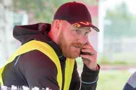 Tävlingsledare Jonny Larsson hade full koll på cyklisterna. Foto: Morgan Grip