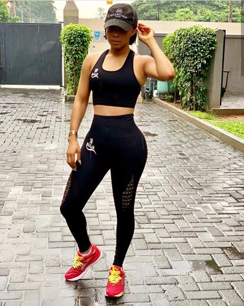 Toke Makinwa rocking Athleisure outfit with sneakers - Fashion Trends that were Popular in the 2010s