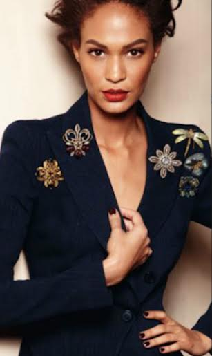 brooch - Types of Jewelry Every Woman Should Own