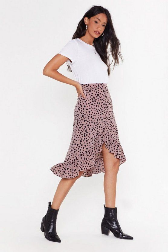 white top and print midi skirt - 7 Stylish Ways to Rock a Midi Skirt