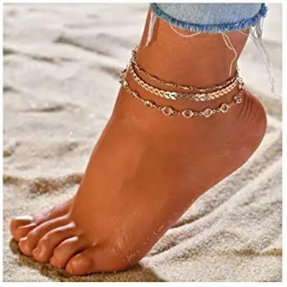 anklets on a lady's left leg