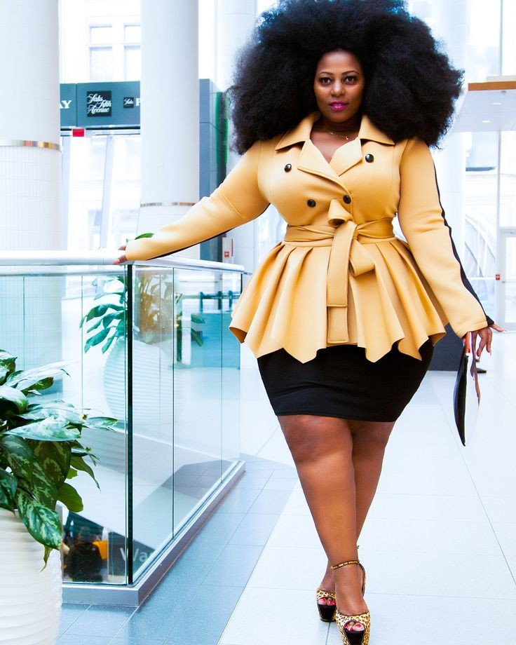 curvy lady in a peplum top jacket - Outfits for Ladies with Big Belly