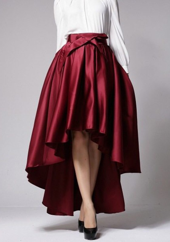 red pleated high-low skirt
