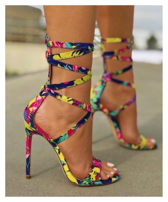 lady wearing ankara pencil heels