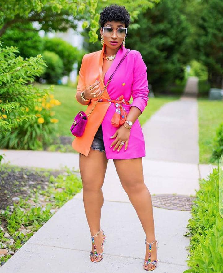 lady wearing colorful blazer