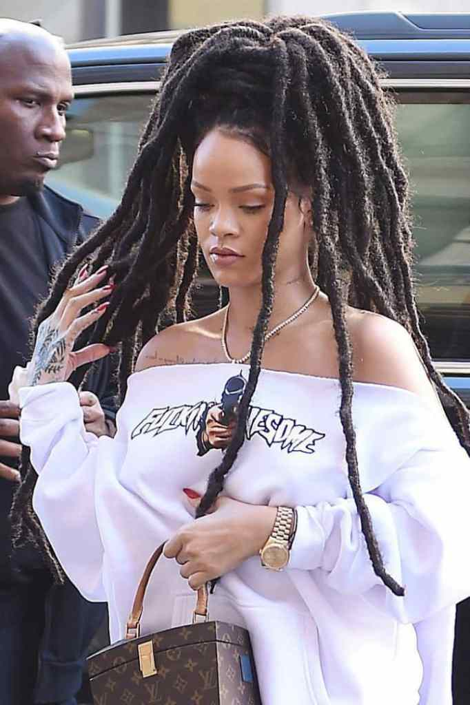 Rihanna carry dreadlocks hairstyle