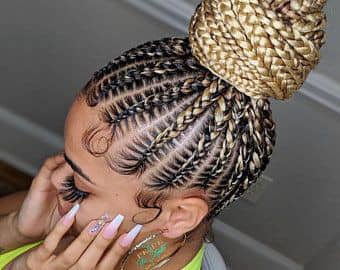 lady rocking gold shuku hairstyle