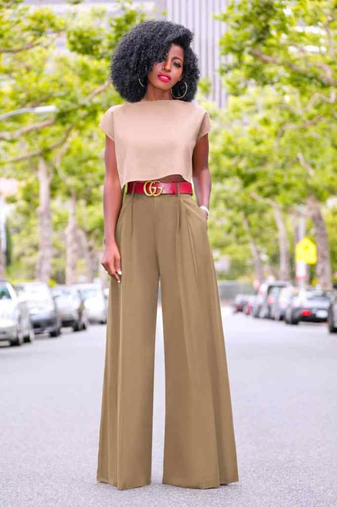 lady wearing crop to with high-waist palazzo