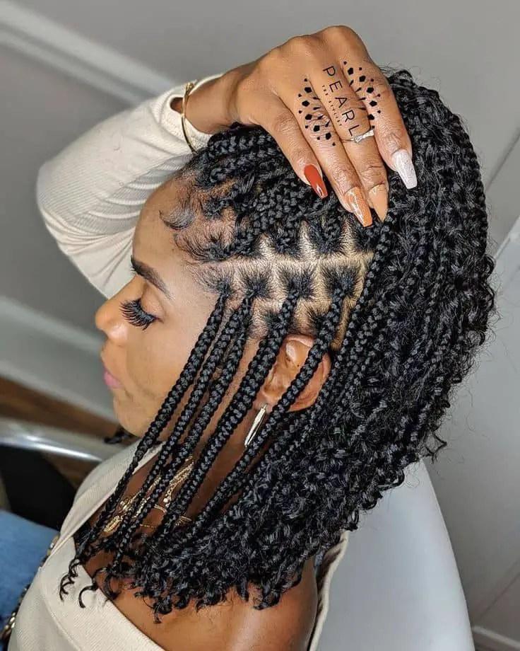 lady rocking braids