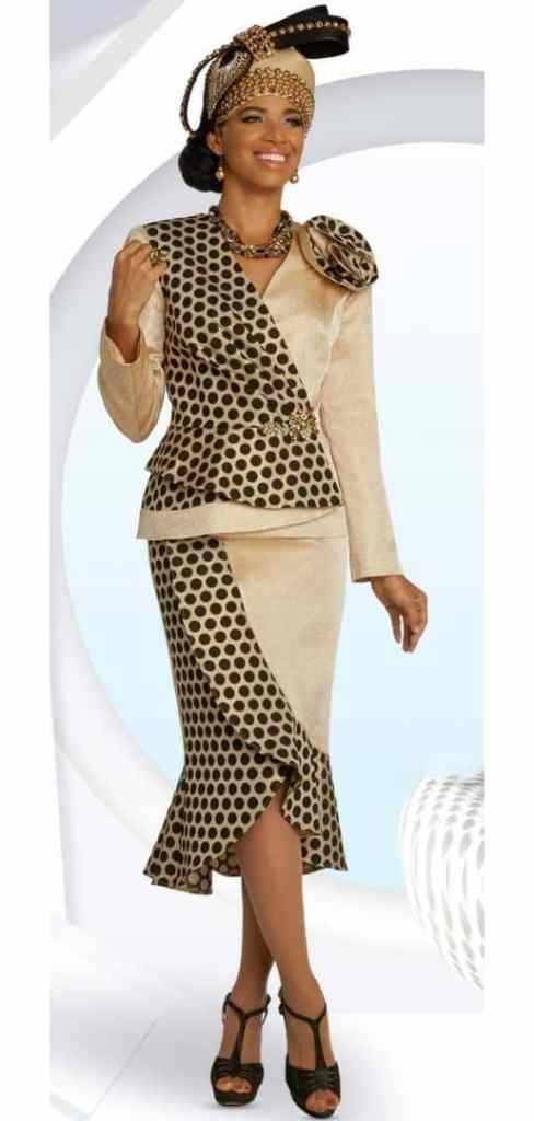 lady mixing polka dots with plain material