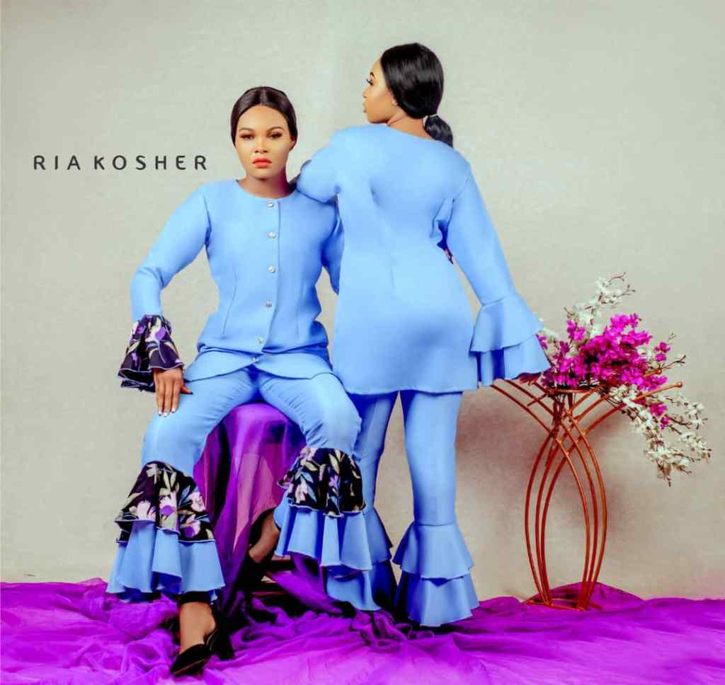 2 models posing in Ria Kosher outfits from the Loud Silence collection