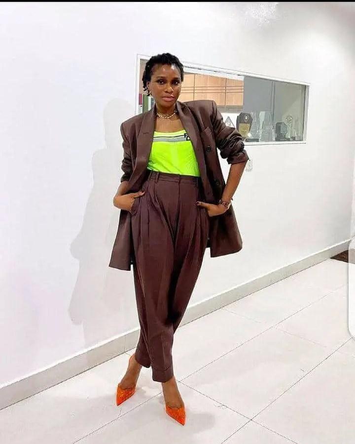 lady wearing formal office wear with heels
