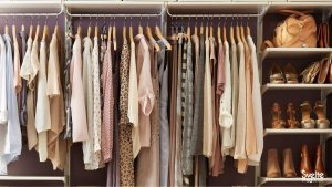 Read more about the article 8 Signs to Let You Know When to Replace Your Clothes and Accessories