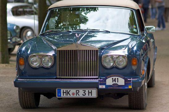 Blauer Rolls Royce Cabliolet auf der ADAC Niedersachsen Classic 2012
