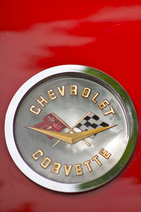 Chevrolet Corvette Emblem auf der ADAC Niedersachsen Classic 2012