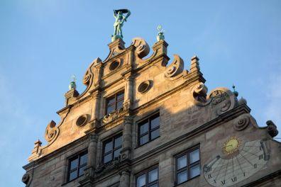 Nürnberg Fembohaus mit Sonnenuhr 2013
