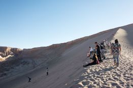 2019-chile-sand-boarding-004