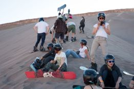 2019-chile-sand-boarding-007