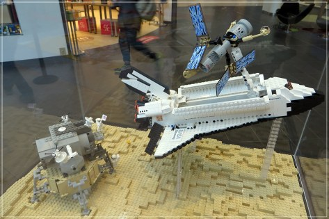 170228-094-luv-lego