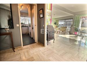 Bostad till salu på Franska Rivieran i Cannes Basse Californie svensk mäklare hall