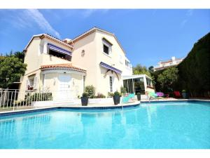 7 rumsvilla till salu i Cannes Basse Californie