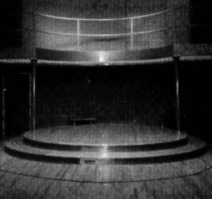 stage-in-beacon(2)-bw