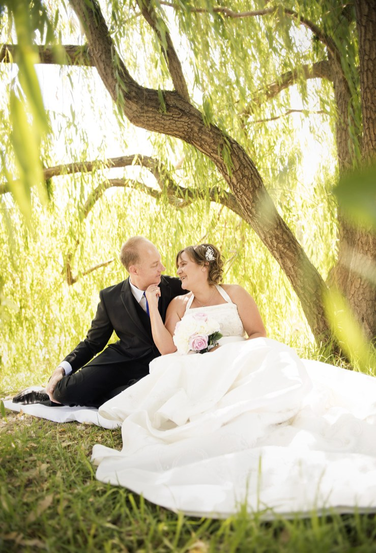 Wedding under the willow trees