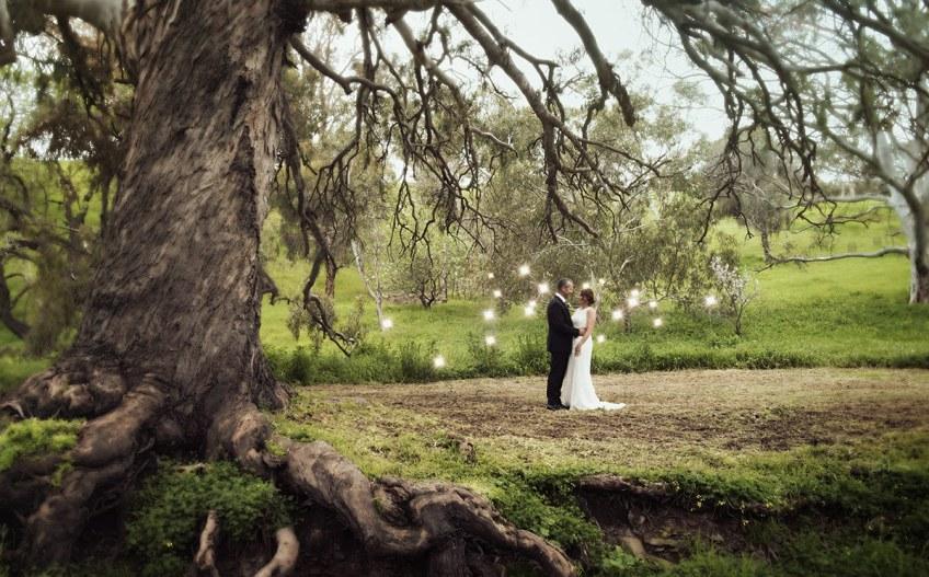 Bride and groom lightpainting