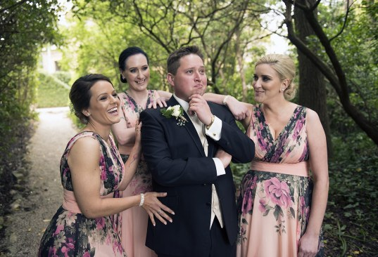 Groom and grils