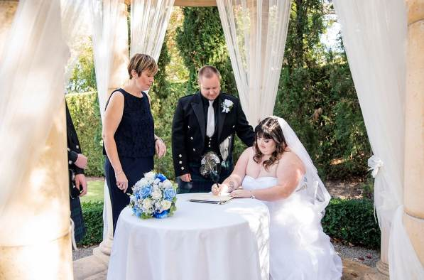 Signing the registry