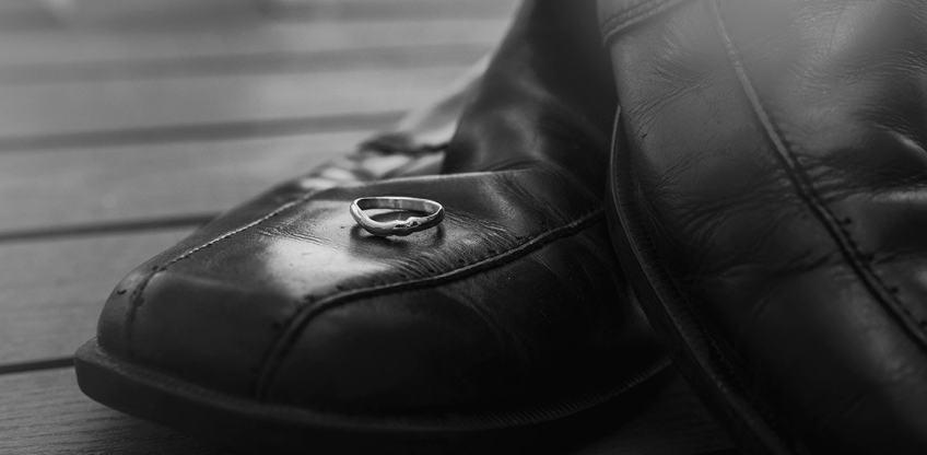 ring on shoe