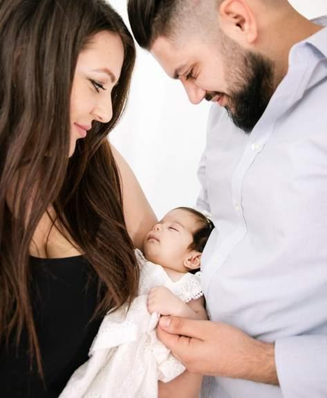 baby mirella and parents