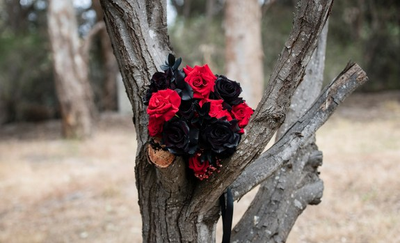 Bridal bouquet in tree