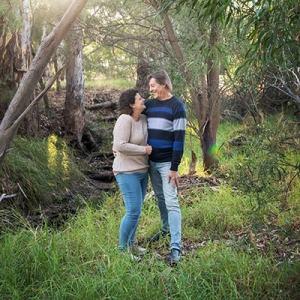 Little Para Linear Park Couples Shoot
