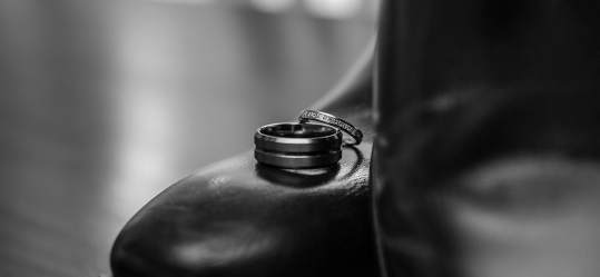 rings on shoes BW