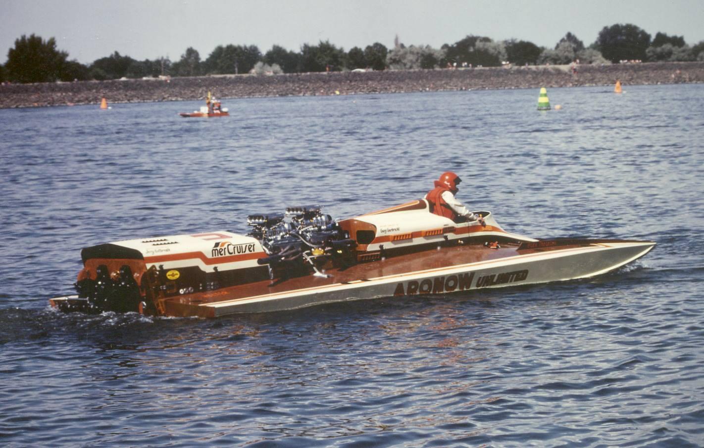 Buck on Omc Boat Engines