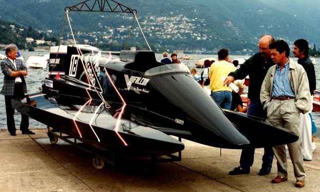 A very unique set of pictures outboard racing for Johnson marine italia