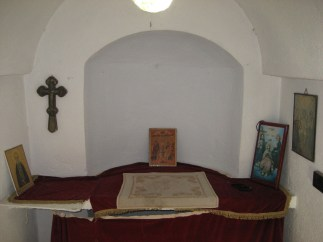 Novi Skit 112 - grob starca Josifa Isihaste 04