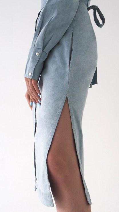 women denim midi shirt cut out dress light blue removable belt metal silver details inner side pockets