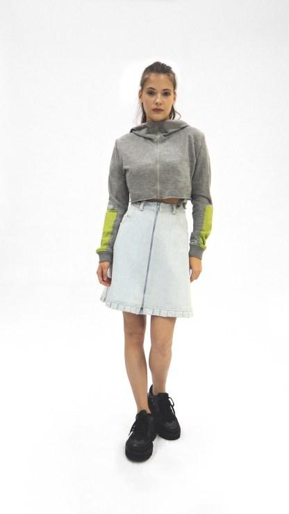 Women Cotton Grey sports short crop top Jacket Fashion zip front hood design sleeve green patch front