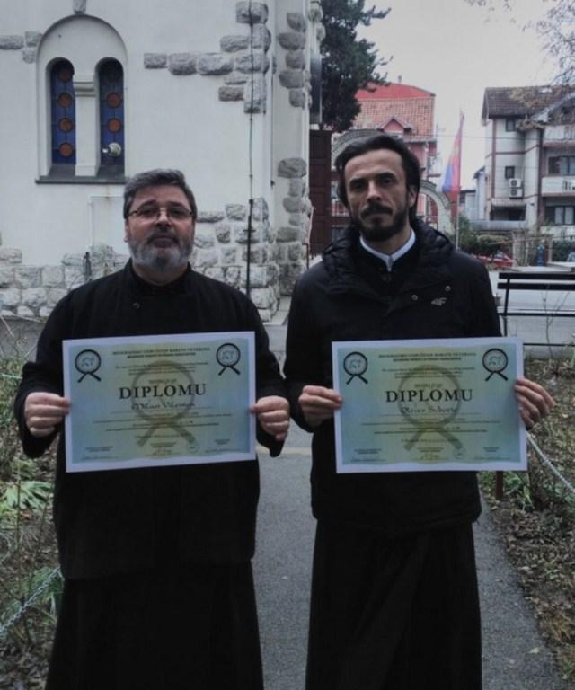 Светска карате федерација доделила почасна звања двојици свештеника