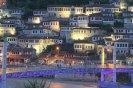 Berat - město tisíce oken